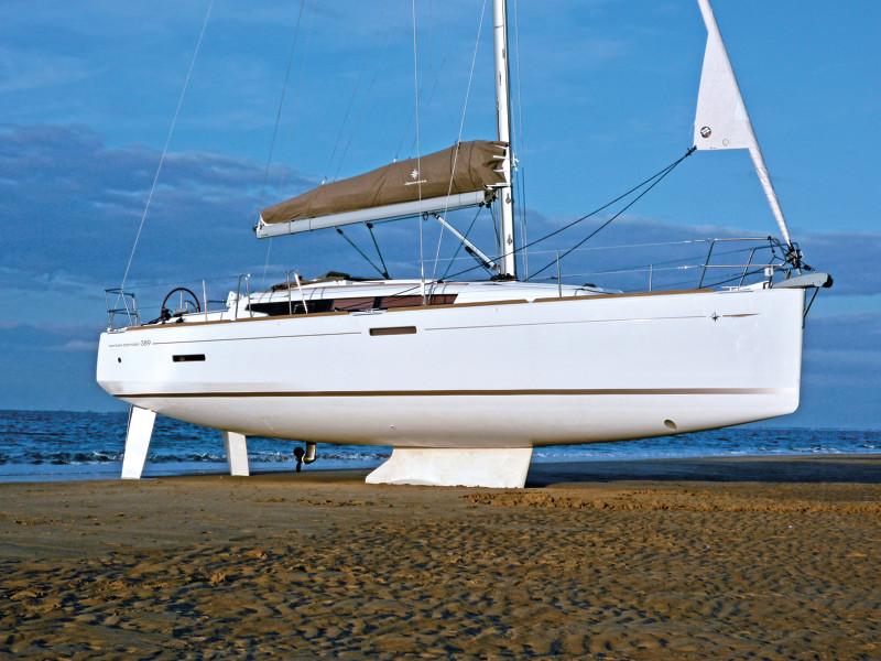 Jeanneau Sun Odyssey 389 For Sale with Blackrock Yachting